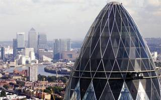 city firms' confidence is sky-high as hiring rate climbs