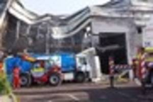 headlines at 6pm: exeter building destroyed by fire had 'grenfell...