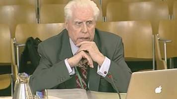 'giant of scots law' lord mccluskey dies aged 88