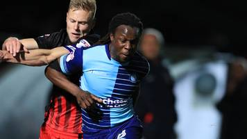 Marcus Bean: Wycombe Wanderers midfielder signs new one-year deal