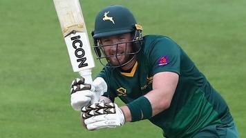 t20 blast: riki wessels hits ton as kevin pietersen suffers calf injury