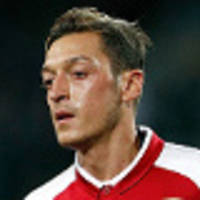 Ozil on verge of big Arsenal deal