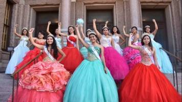 These Girls Are Protesting Anti-Immigration Laws With A Quinceañera