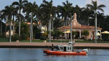 trump's mar-a-lago resort just requested visas for 70 foreign workers