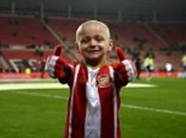 Red Arrows pay touching tribute to brave Bradley Lowery