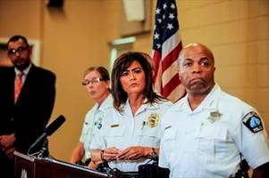 Minneapolis police chief resigns in wake of officer shooting