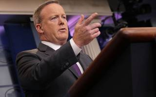 sean spicer quits as white house press secretary