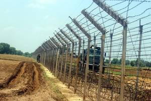 soldier injured in firing by pakistan army along loc
