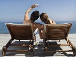 how to holiday with your ex (without (killing him!