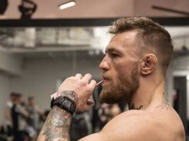 """Conor McGregor Swings Back At Draymond Green: """"I Dribble Heads Off The Floor, Not A Ball – This Is No Game Here Kid"""""""