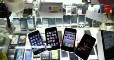 police crack down on fake iphones sold online