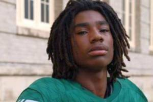 Cleveland High School Quarterback Injured in Drive-By Shooting Has Died: Report