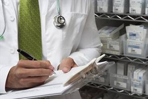 Ontario mulls requiring disclosure of pharmaceutical payments made to doctors