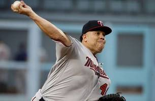 statuesday: at 44, twins pitcher bartolo colon just keeps going