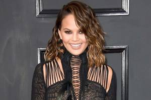 chrissy teigen says trump blocked her on twitter 'after 9 years of hating' him