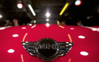 it's confirmed: bmw's all-electric mini is being built in the uk