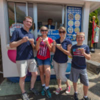 dippin' dots holds military appreciation event at six flags america