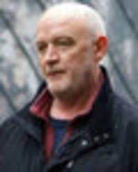coronation street spoilers: pat phelan to finally see justice after confessing to murder?