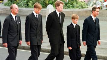 earl spencer 'lied to' over princes following diana's coffin