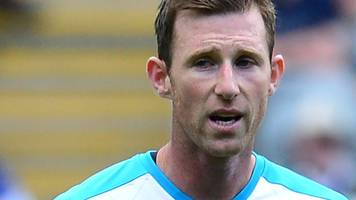mike williamson: oxford united sign defender on one-year contract