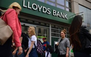 lloyds in £300m mortgage arrears windfall to customers