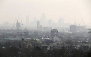 sadiq khan slams government for lack of ambition on air pollution plans
