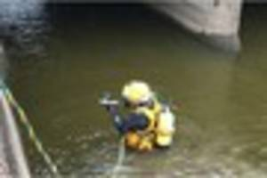 severn trent bring divers in to inspect bridge over tittesworth...