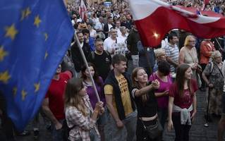 EU has Poland in its sights over attempted judicial reform