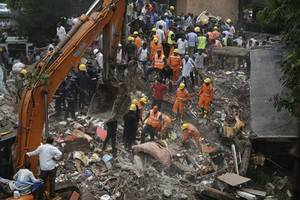 sena worker arrested in mumbai building collapse; death toll rises to 17