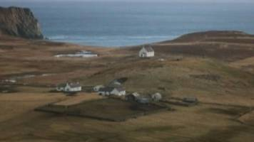 fair isle set for 24-hour electricity