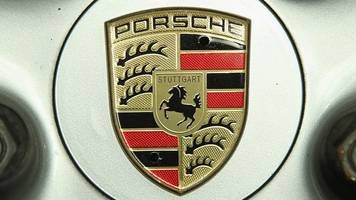 porsche to recall 22,000 cars over emissions software