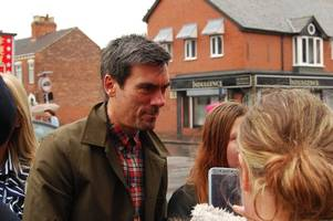 Lucky Emmerdale fans in Hull win chance to meet Cain Dingle