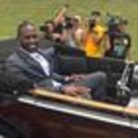 nfl: pittsburgh steelers stars brown, harrison show training camp can be fun too