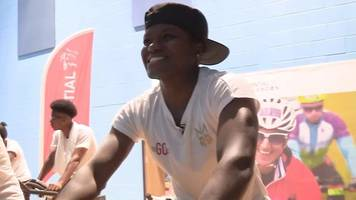 ridelondon 2017: boxer nicola adams spins with sheffield students