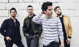 listen: stereophonics - 'all in one night'