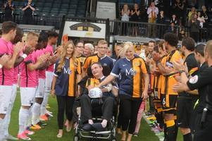 simon dobbin welcomed home with guard of honour at cambridge united benefit friendly