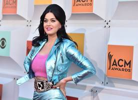 is katy perry getting space advice from buzz aldrin ahead of the vmas?