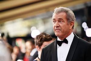 mel gibson sues voltage pictures for breach of contract, fraud over 'the professor and the madman'