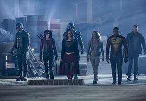 'supergirl,' 'arrow,' 'flash' and 'legends of tomorrow' land mega-crossover dates from cw