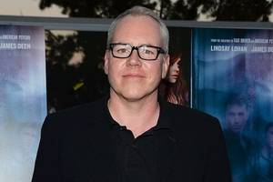 bret easton ellis finds stephen miller 'completely compelling,' wants to write a novel about him