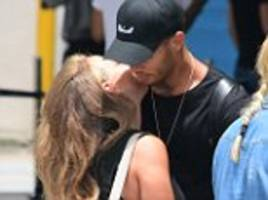 chloe green arrives in barbados with jeremy meeks