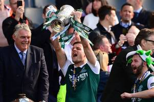 anthony stokes admits hibs' scottish cup glory topped lifting league title with his beloved celtic
