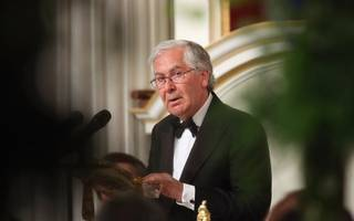 former boe chief mervyn king: the uk needs a brexit backup plan