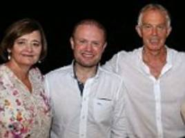 tony blair and wife cherie pose with maltese leader
