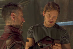 chris pratt ponders the primitive zune in guardians of the galaxy deleted scene