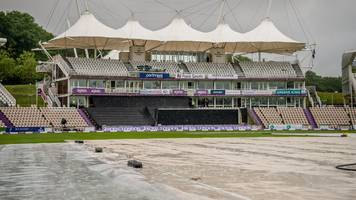 hampshire v lancashire: rain washes out the third day at the ageas bowl