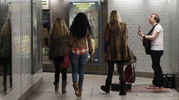 buskers to audition for london underground licences