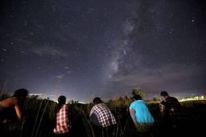 perseid meteor shower 2017: where and when to watch up to 100 shooting stars per hour in the night sky this week