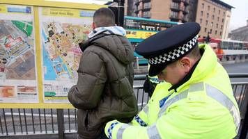 amber rudd defends police stop and search powers