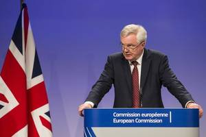 Stop EU exit catastrophe, says UK Brexit minister's ex-chief of staff